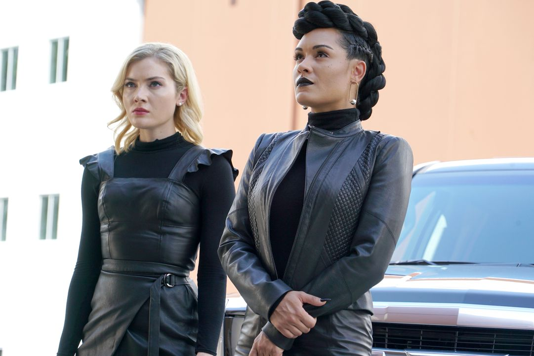 Esme Frost (Skyler Samuels, l.); Reeva Payge (Grace Byers, r.) - Bildquelle: Annette Brown 2018-2019 Fox and its related entities.  All rights reserved.  MARVEL TM &   2017 MARVEL