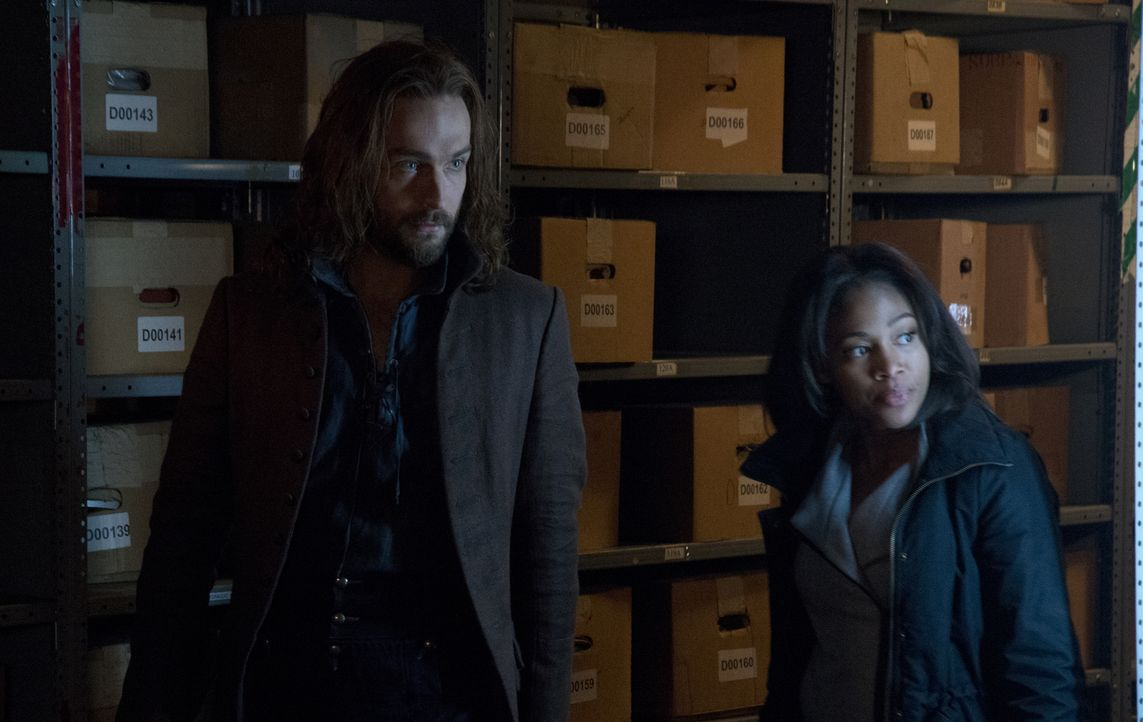 Können Ichabod (Tom Mison, l.) und Abbie (Nicole Beharie, r.) verhindern, dass Solomon Kent einen dramatischen Schritt geht? - Bildquelle: 2014 Fox and its related entities. All rights reserved
