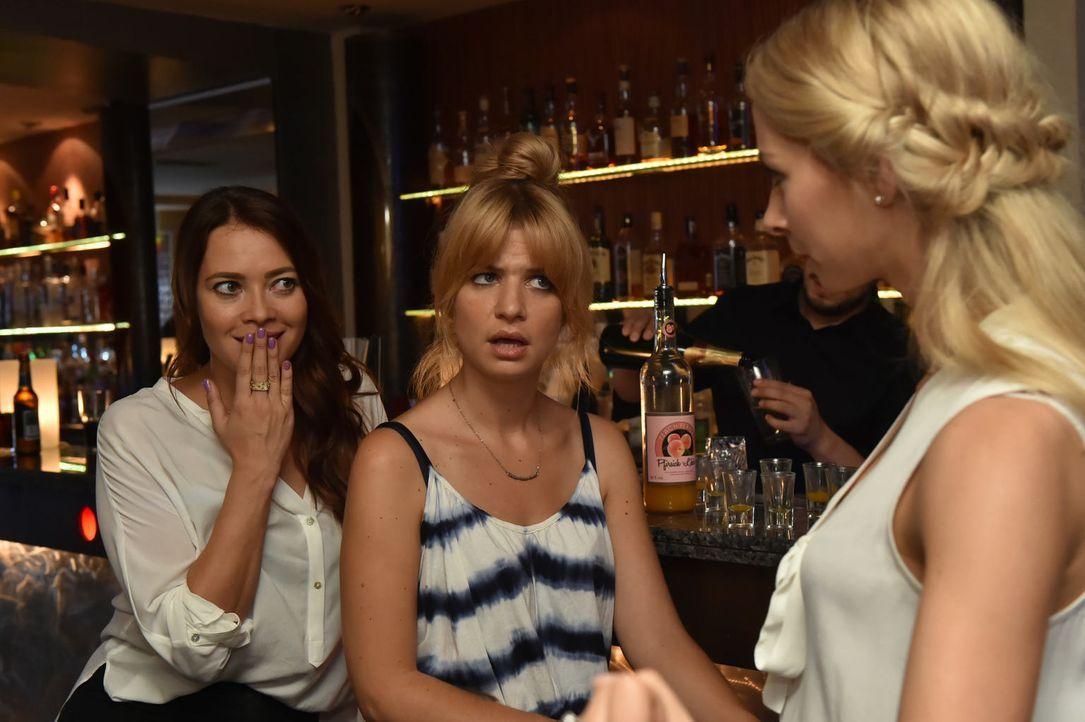 Mädelsabend mit Geständnis: (v.l.n.r.) Sally (Laura Osswald), Mila (Susan Sideropoulos) und Luisa (Jenny Bach) ... - Bildquelle: Claudius Pflug sixx
