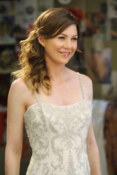 Izzie lässt sich von nichts und niemanden davon abbringen, die Hochzeit für Meredith (Ellen Pompeo) und Derek zu planen. Doch dabei überfordert s... - Bildquelle: Touchstone Television