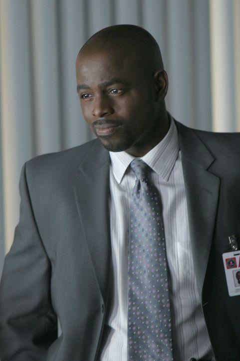 Gemeinsam mit Don versucht David Sinclair (Alimi Ballard) einen neuen Fall zu lösen ... - Bildquelle: Paramount Network Television