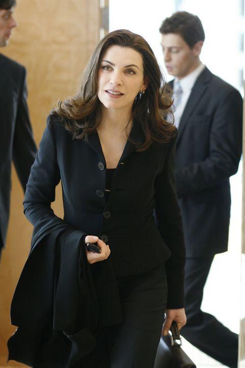 Nachdem ihr Mann, der Staatsanwalt Peter Florrick, über eine Sex- und Korruptionsaffäre gestolpert ist, muss Alicia Florrick (Julianna Margulies)... - Bildquelle: CBS Studios Inc. All Rights Reserved.