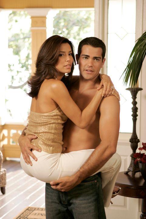 Gabrielle (Eva Longoria) träumt von einem Liebesspiel mit John, bis ihr schlagartig bewusst wird, dass dieses Kapitel ihres Lebens Vergangenheit ist... - Bildquelle: 2005 Touchstone Television  All Rights Reserved