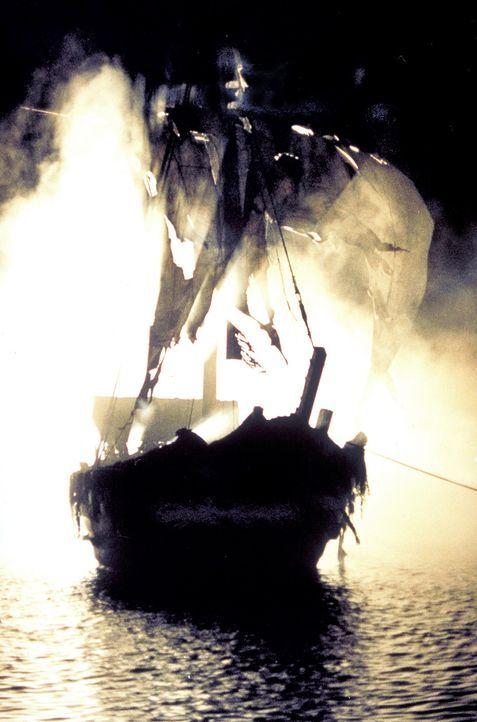 Haben ein geheimnisvoller Pirat und seine Männer die kleine Johanna in ihre Gewalt gebracht? - Bildquelle: ProSieben