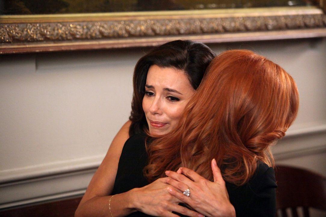 Während sich Susan um Julie sorgt, wird Gabrielle (Eva Longoria, l.) bewusst, was Bree (Marcia Cross, r.) für sie und ihre Familie auf sich nimmt un... - Bildquelle: ABC Studios