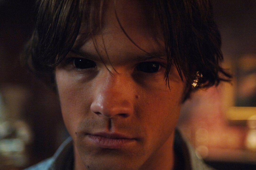 Hat die böse Seite in Sam (Jared Padalecki) doch Überhand gewonnen? - Bildquelle: Warner Bros. Television
