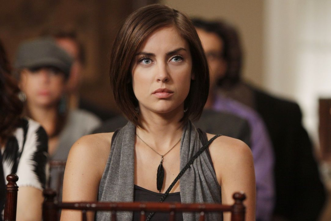 Wird Silver (Jessica Stroup) ihrer Mutter verzeihen? - Bildquelle: TM &   CBS Studios Inc. All Rights Reserved