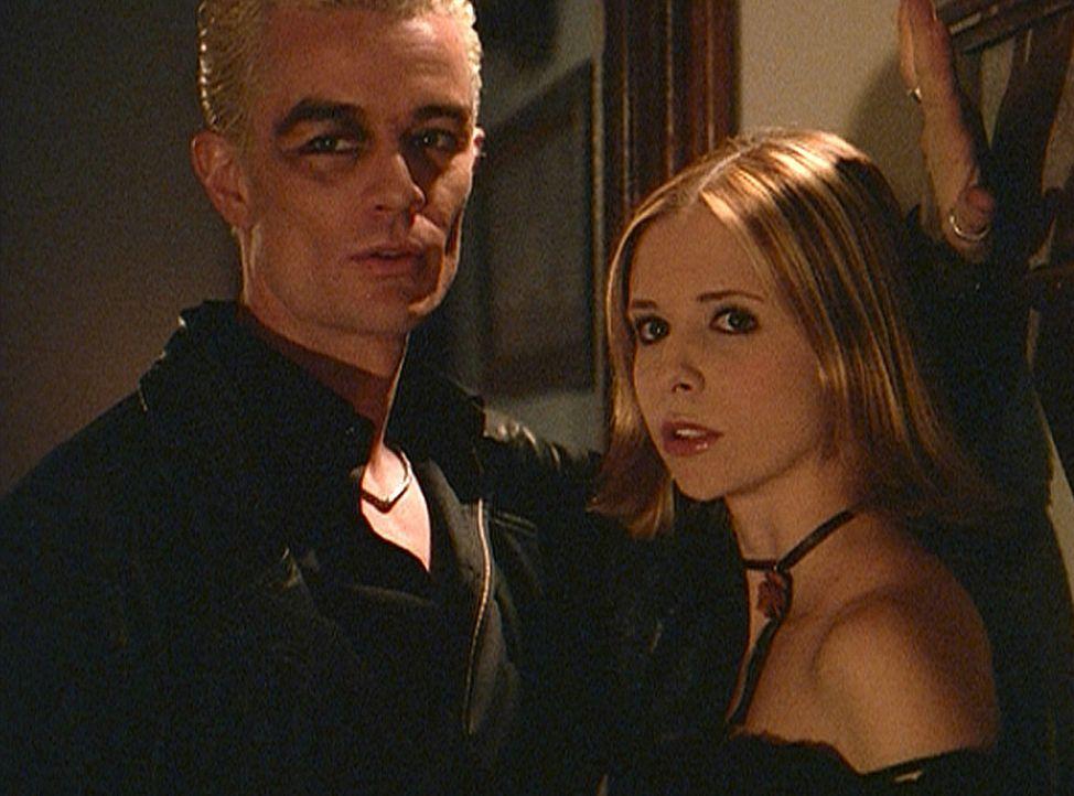 Buffy (Sarah Michelle Gellar, r.) lässt Dawn wieder einmal allein und trifft sich mit Spike (James Masters, l.). - Bildquelle: TM +   Twentieth Century Fox Film Corporation. All Rights Reserved.