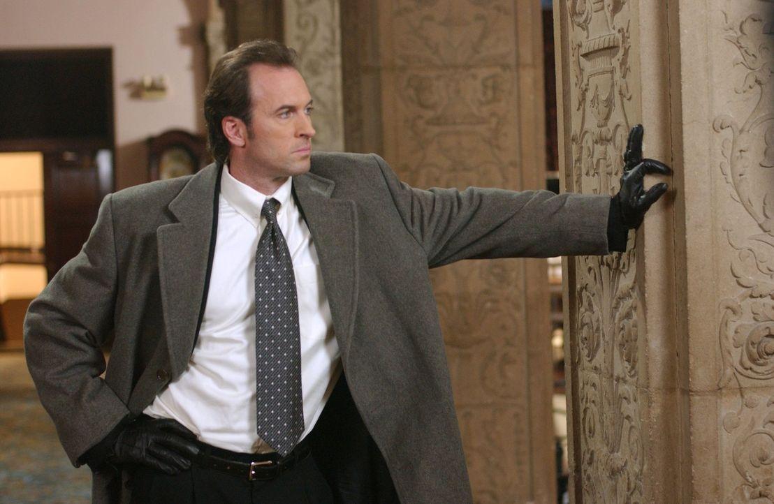 Fällt es nur schwer seine Wut im Zaun zu halten, als er herausfindet, dass ihm Christopher seine Freundin ausspannen möchte: Luke (Scott Patterson)... - Bildquelle: 2004 Warner Bros.