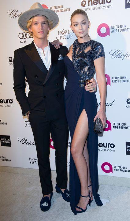 Gigi Hadid und Cody Simpson - Bildquelle: AFP