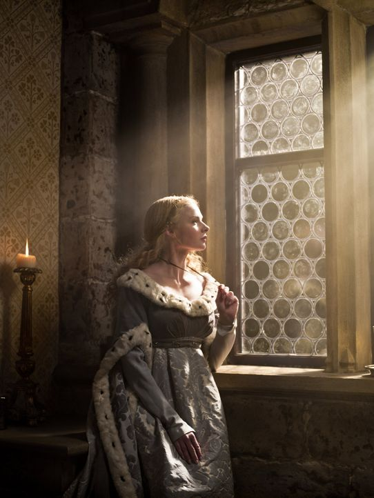Rebecca Ferguson als Elizabeth Woodville - Bildquelle: 2013 Starz Entertainment LLC, All rights reserved