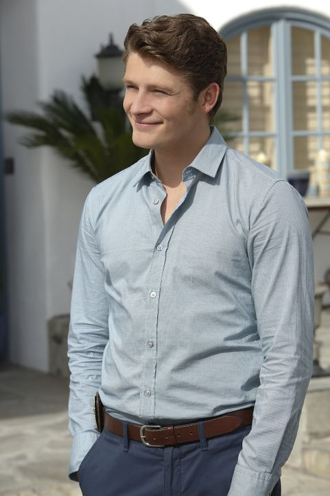 Wird er endlich über Jane hinwegkommen? Michael (Brett Dier) ... - Bildquelle: 2014 The CW Network, LLC. All rights reserved.