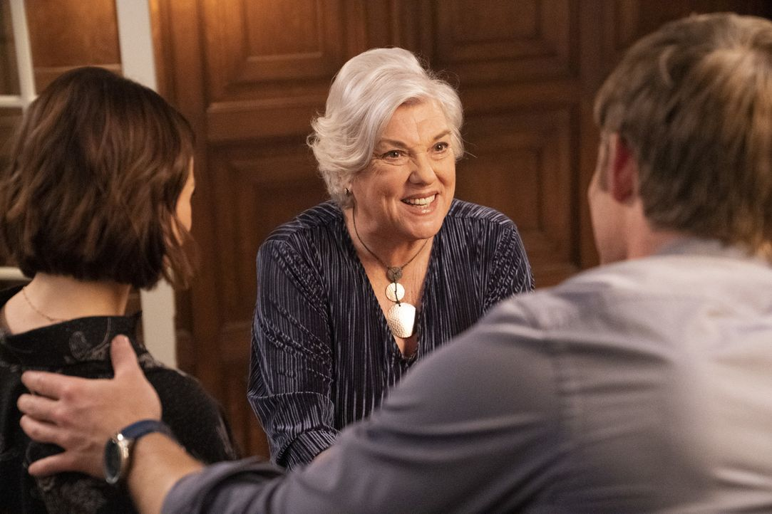 Carolyn Shepherd (Tyne Daly) - Bildquelle: Mitch Haaseth ABC Studios / Mitch Haaseth