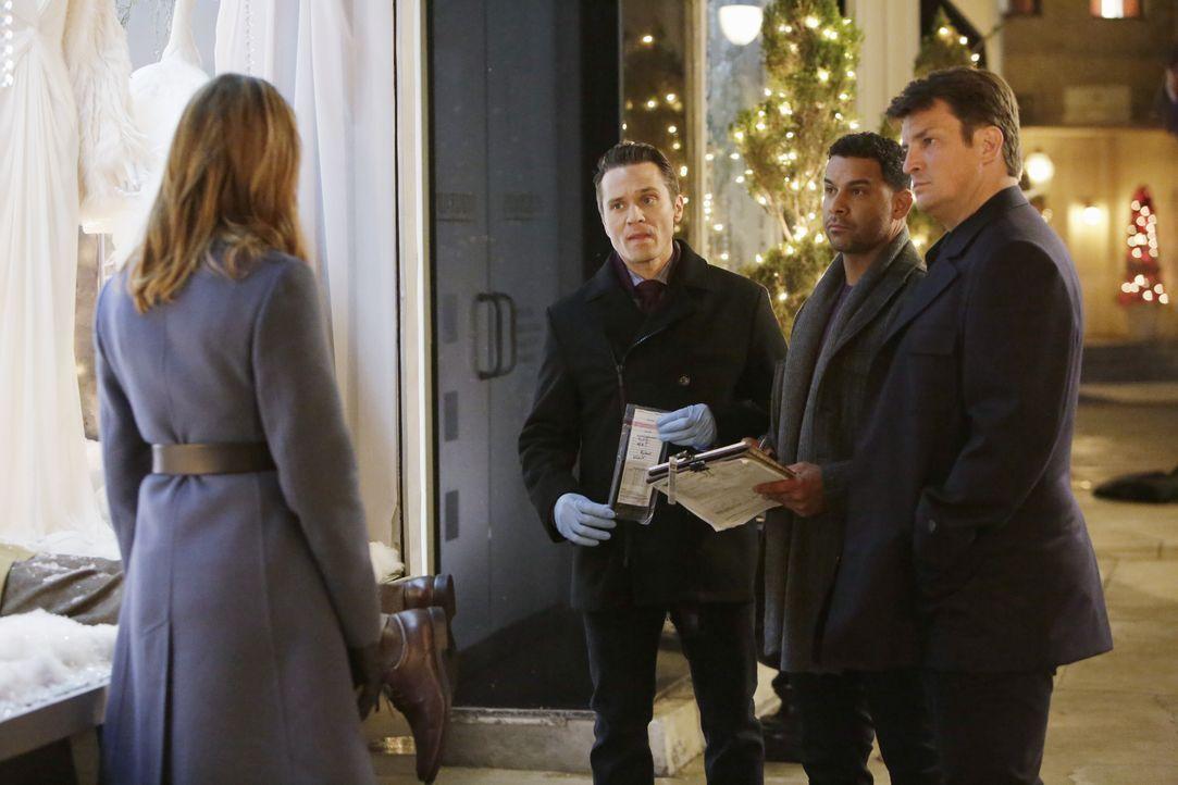 Bei den Ermittlungen in einem neuen Fall: Castle (Nathan Fillion, r.), Beckett (Stana Katic, l.), Ryan (Seamus Dever, 2.v.l.) und Esposito (Jon Huer... - Bildquelle: ABC Studios