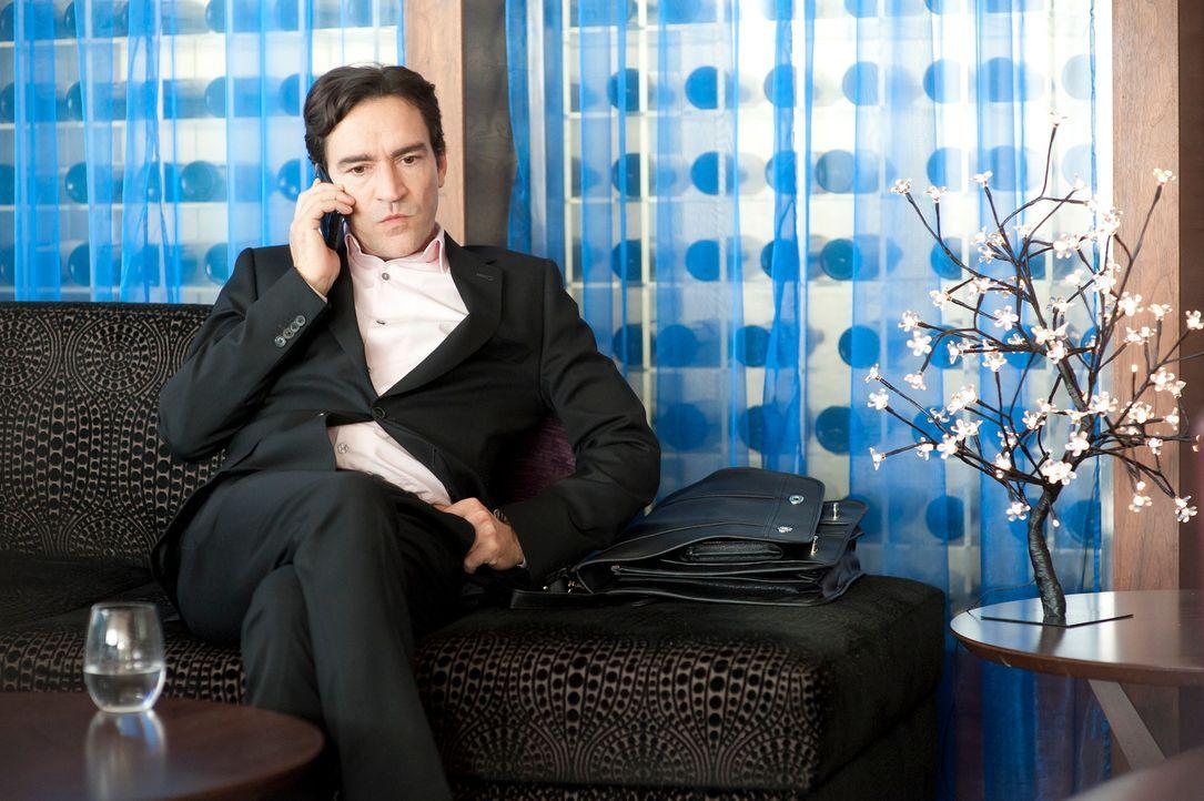 Noch wartet Stephen (Ben Chaplin) voller Erwartungen in einem Londoner Hotel auf sein Date ...