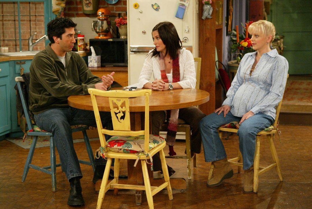 Eine neue Zeit bricht an: Ross (David Schwimmer, l.) muss Abschied von Rachel nehmen, während Monica (Courteney Cox, M.) und Chandler die Zeit abwar... - Bildquelle: Warner Bros. Television