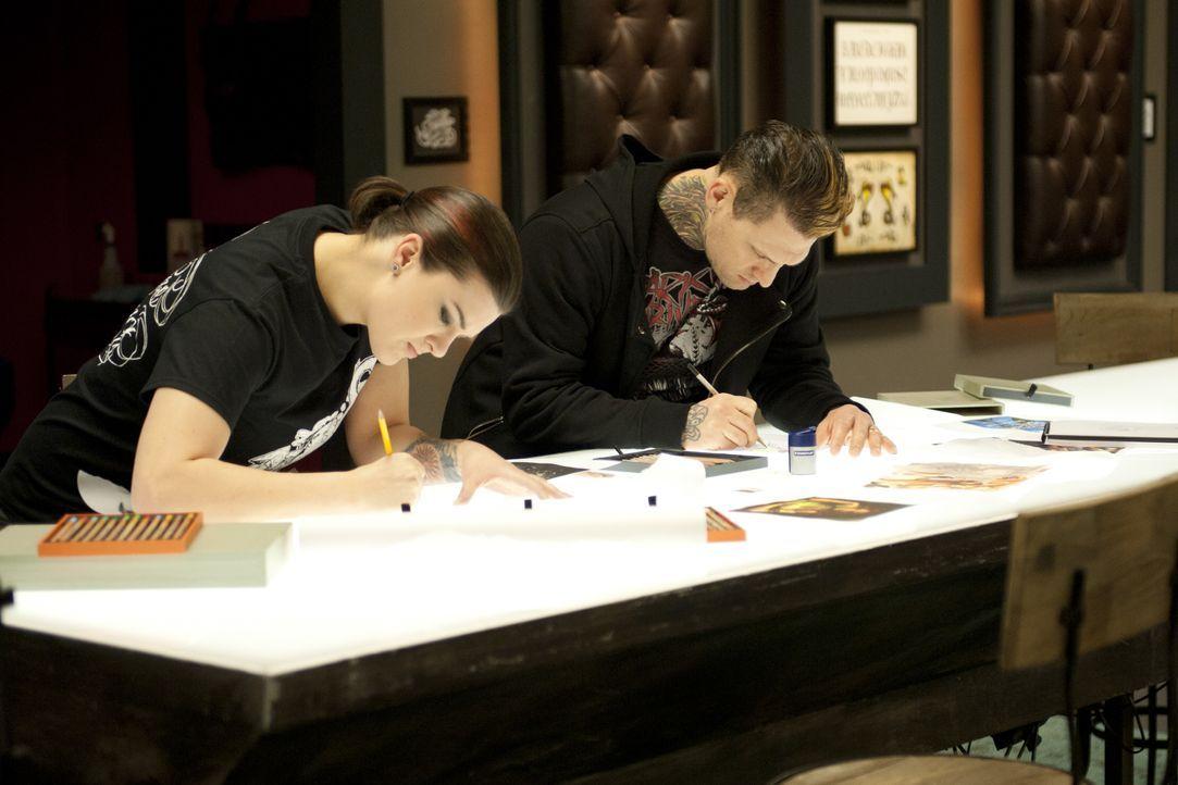 """Acht Tattoo-Künstler sind noch im Rennen um den Titel """"Ink Master""""... - Bildquelle: Spike"""