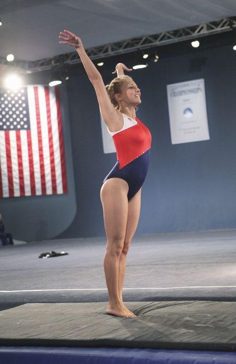 Der Kampf geht weiter: Lauren Tanner (Cassie Scerbo) bringt beim Training vollen Einsatz ... - Bildquelle: 2009 DISNEY ENTERPRISES, INC. All rights reserved. 009 DISNEY ENTERPRISES, INC. All rights reserved.