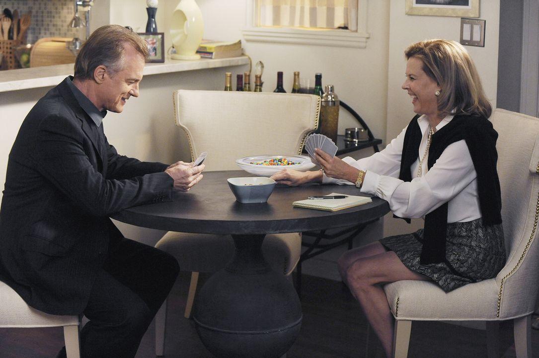 Lüften ein schockierendes Familiengeheimnis: Addisons Eltern, Captain (Stephen Collins, l.) und Bizzy (JoBeth Williams, r.) ... - Bildquelle: ABC Studios