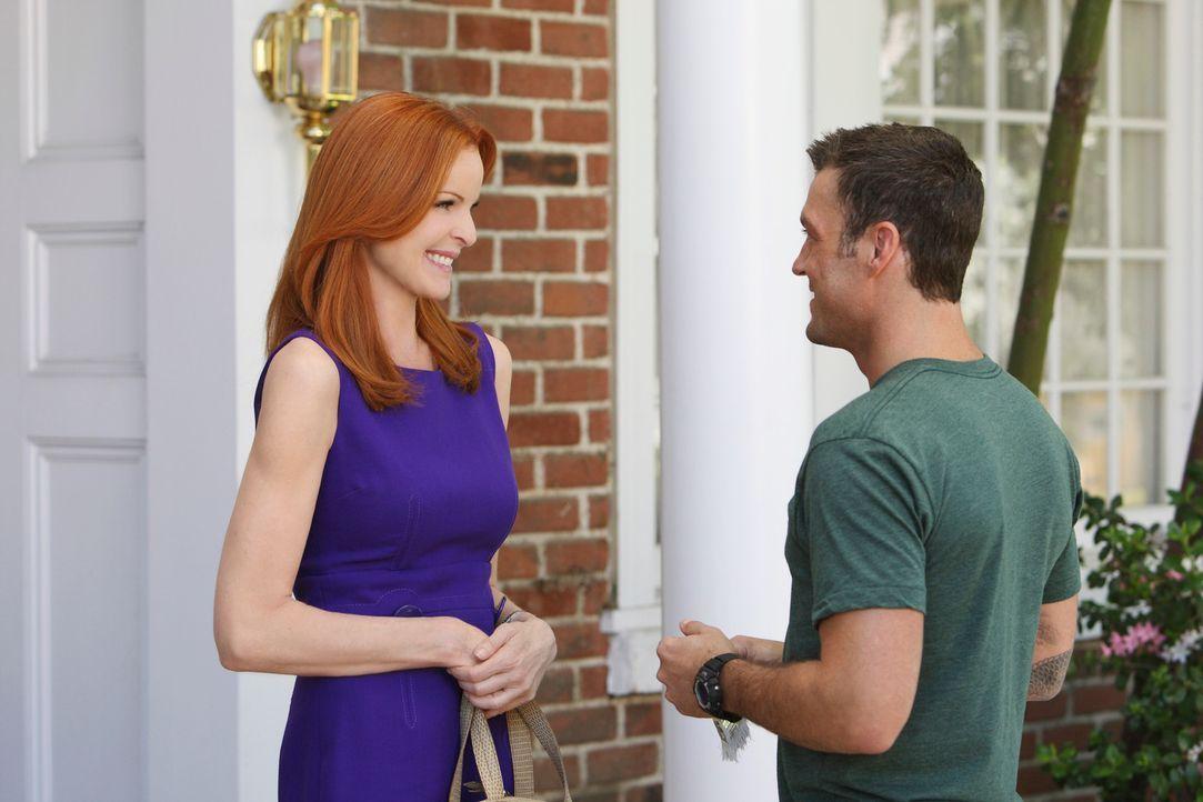 Renee sucht nach einer Gelegenheit, Keith (Brian Austin Green, r.) von Bree (Marcia Cross, l.) fernzuhalten, da sie mittlerweile ein Auge auf ihn ge... - Bildquelle: ABC Studios