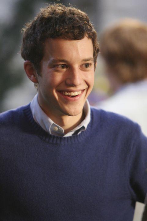 Ist nicht sehr erfreut über den Besuch seiner Eltern: Rusty  (Jacob Zachar) ... - Bildquelle: ABC Family