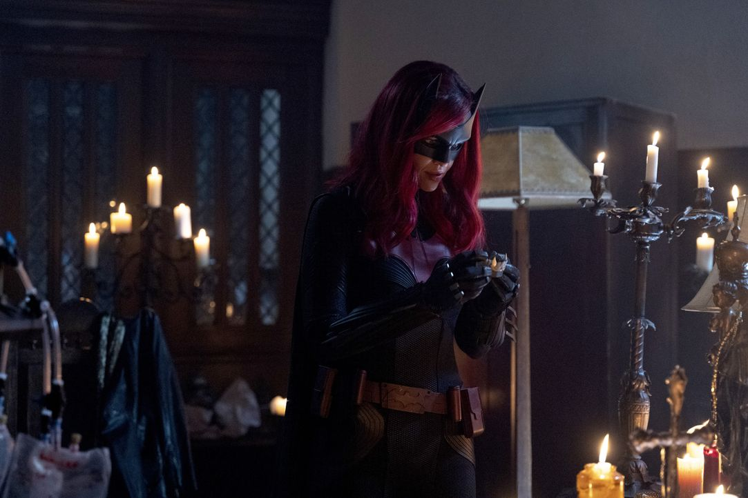 Batwoman (Ruby Rose) - Bildquelle: Michael Courtney 2020 The CW Network, LLC. All rights reserved. / Michael Courtney