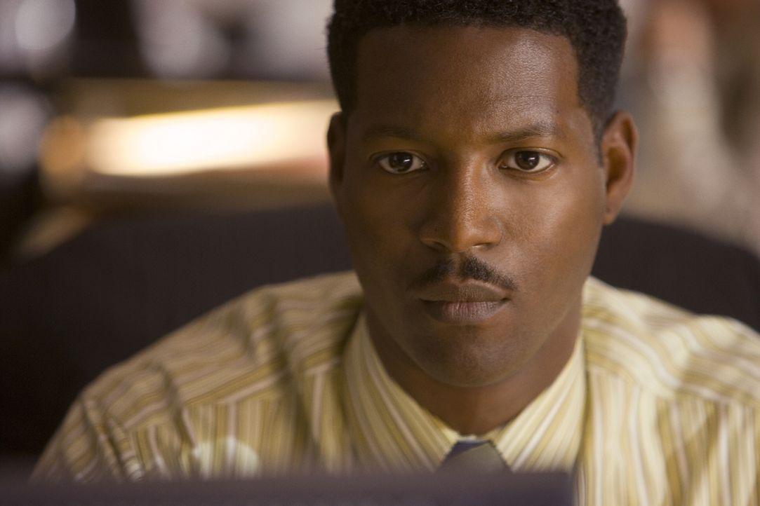 Dem Mörder auf der Spur: Sgt. David Gabriel (Corey Reynolds) ... - Bildquelle: Warner Brothers