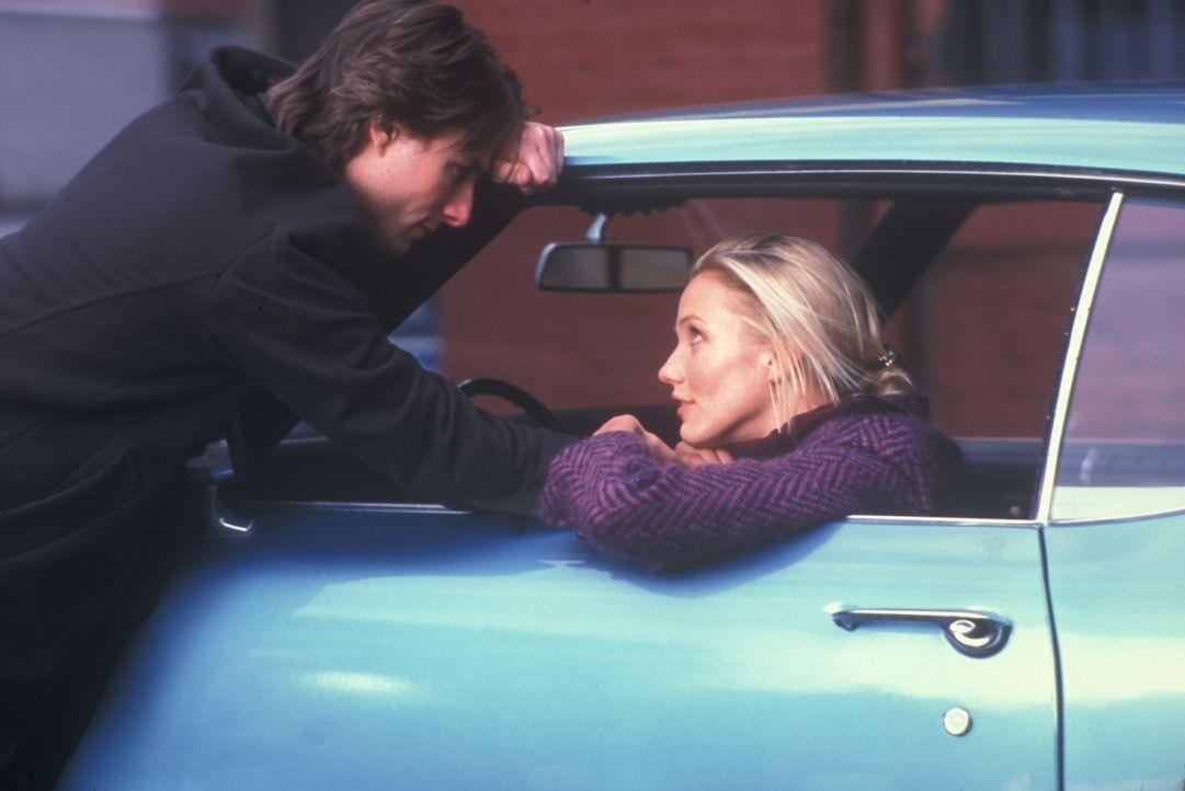 Furchtbar wütend und eifersüchtig überredet Julie (Cameron Diaz, r.) David (Tom Cruise, l.) zu einer Spritztour in rasantem Tempo. Gemeinsam rasen s... - Bildquelle: Neal Preston Paramount Pictures