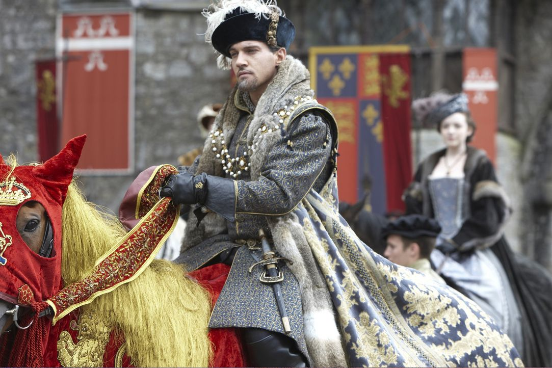 Ein Schock für den König (Jonathan Rhys Meyers): Ihn erreicht ein anonymer Brief, in dem seine Frau des Ehebruchs beschuldigt wird ... - Bildquelle: 2010 TM Productions Limited/PA Tudors Inc. An Ireland-Canada Co-Production. All Rights Reserved.