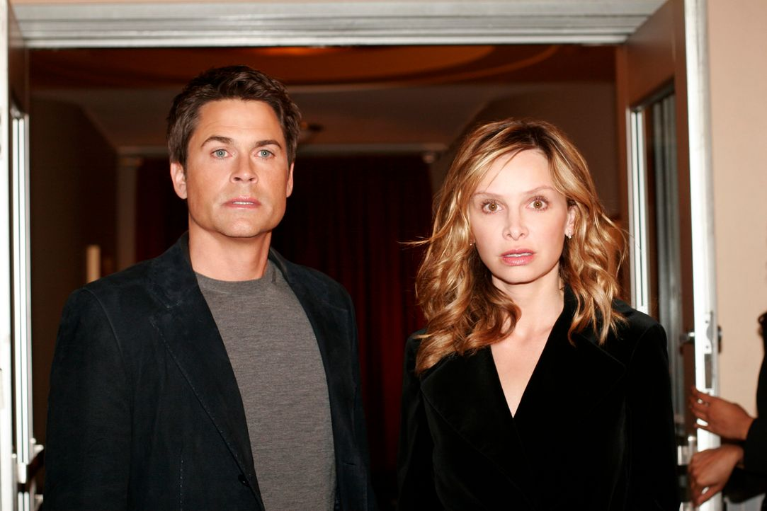 Sex und Politik: Robert McCallister (Rob Lowe, l.) und Kitty (Calista Flockhart, r.) ... - Bildquelle: Disney - ABC International Television