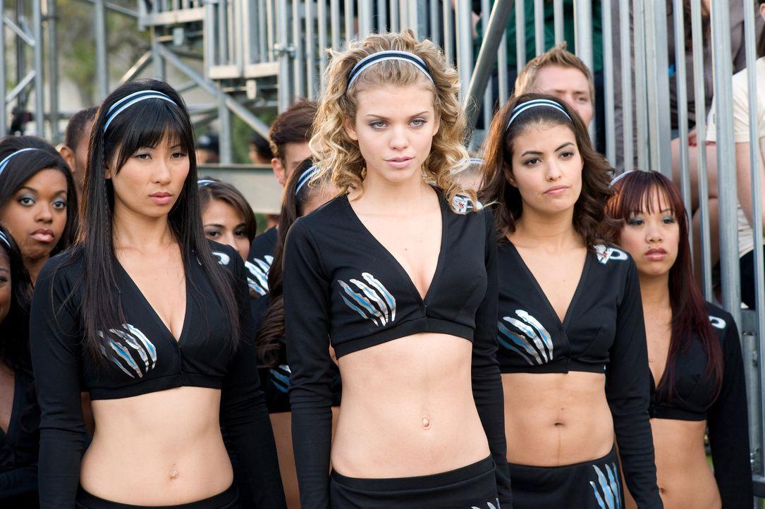Mit ihnen ist nicht gut Kirschen essen: (v.l.n.r.) Beth (Smith Cho), Gwyneth (AnnaLynne McCord) und Marcy (Nicole Tubiola) ... - Bildquelle: 2009 Screen Gems, Inc. All Rights Reserved.