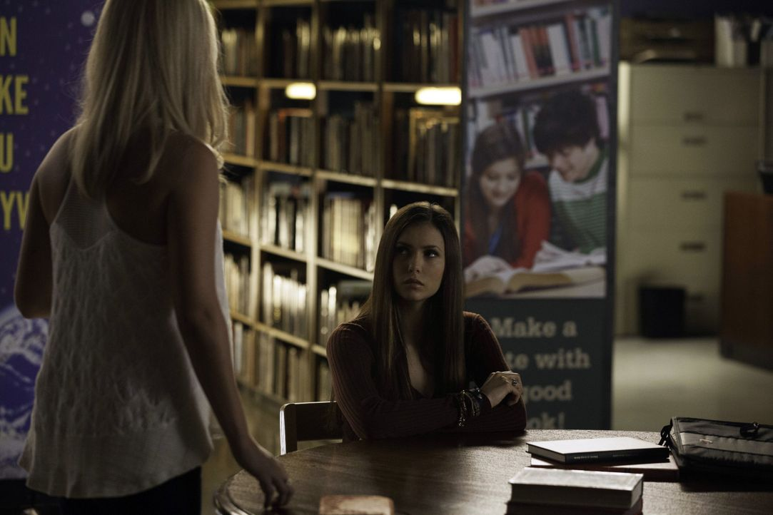 Rebekah und Elena Gilbert - Bildquelle: Warner Bros. Entertainment Inc.