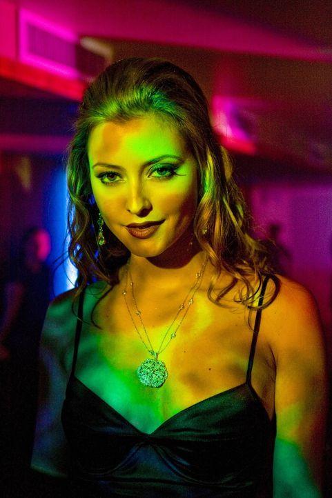 Verführerisch und blendend schön: Das Model Lola (Holly Valance) ahnt nicht, dass es jemand auf sie abgesehen hat ... - Bildquelle: Warner Brothers