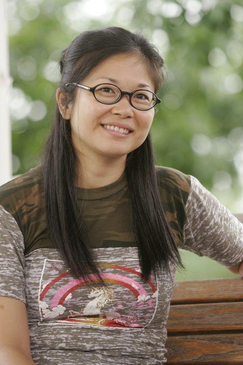 Lane (Keiko Agena) ist frisch verheiratet. Nach den Flitterwochen ist sie allerdings alles andere als glücklich ... - Bildquelle: Warner Brothers