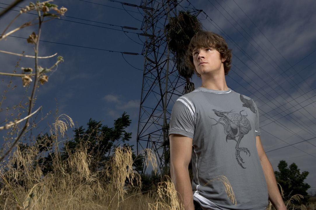 (2. Staffel) - Geht erneut auf die Suche nach Übernatürlichem: Sam (Jared Padalecki) ... - Bildquelle: Warner Bros. Television