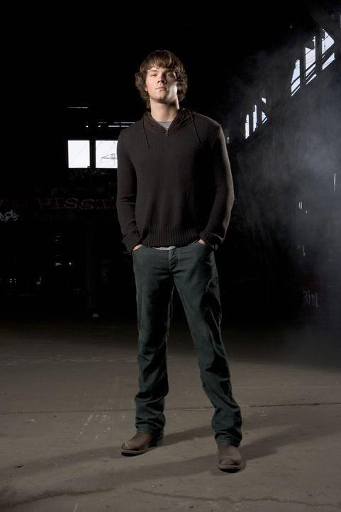 (2. Staffel) - Macht sich auf die Suche nach dem Übernatürlichem: Sam (Jared Padalecki) ... - Bildquelle: Warner Bros. Television