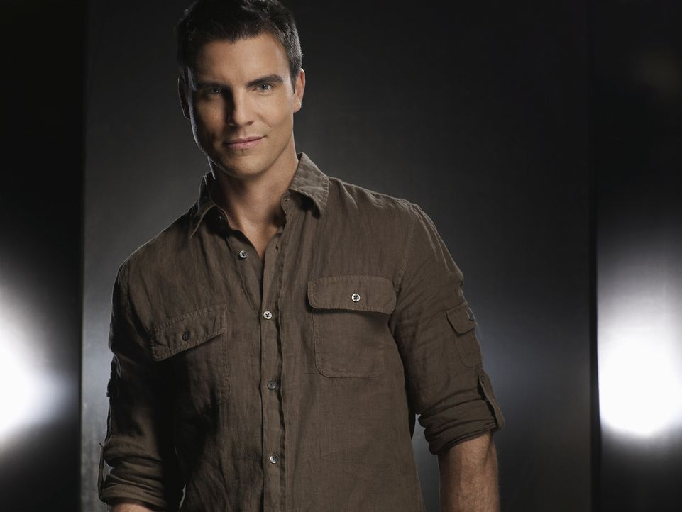"Im Stammlokal ""Cole"" am ""Melrose Place"" zaubert Auggie Kirkpatrick (Colin Egglesfield) allabendlich exquisite Gerichte ... - Bildquelle: 2009 The CW Network, LLC. All rights reserved."