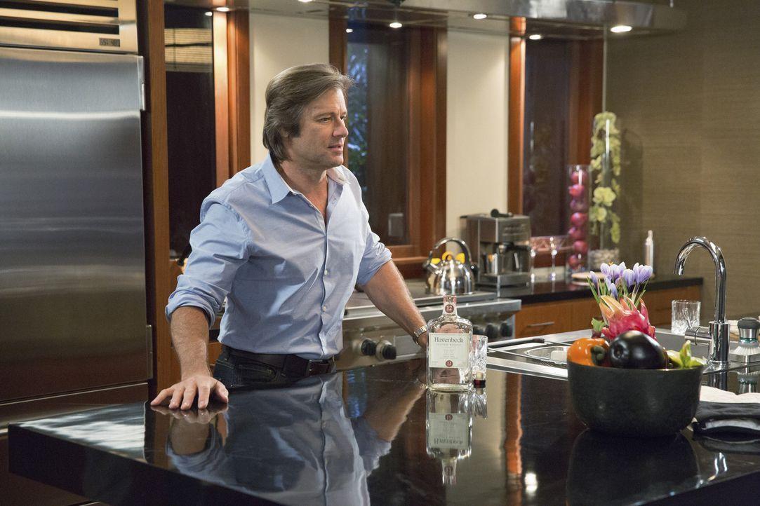 Spence (Grant Show) bekommt eine schlechte Neuigkeit und trifft nicht die beste Entscheidung, um dies zu verarbeiten ... - Bildquelle: 2014 ABC Studios