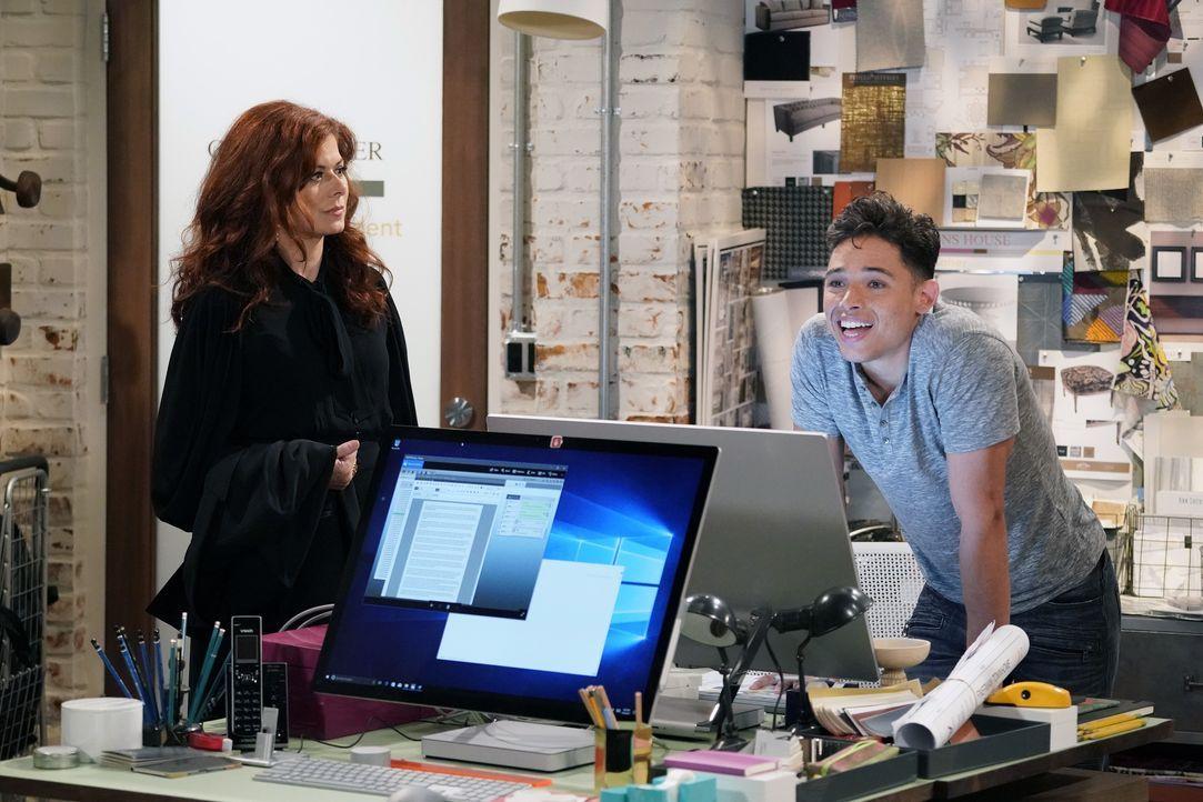 Grace (Debra Messing, l.) befragt ihren Angestellten Tony (Anthony Ramos, r.) über Karens Verhalten ihm gegenüber aus. Erzählt er ihr tatsächlich di... - Bildquelle: Chris Haston 2017 NBCUniversal Media, LLC / Chris Haston