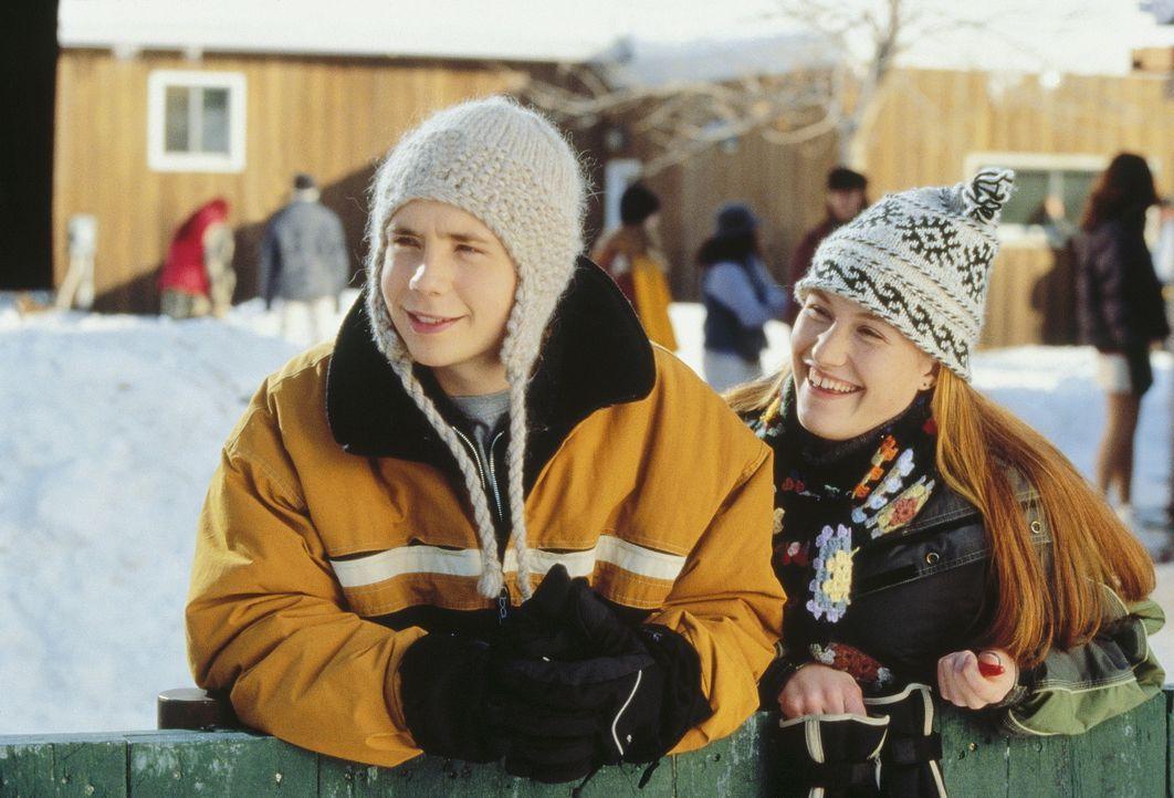 Der 15-jährige Hal (Mark Webber, l.) ist unsterblich verliebt und will den freien Tag für eine Herzensangelegenheit nutzen ... - Bildquelle: Paramount Pictures