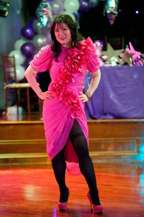 Jane organisiert einen Abschlussball für zwei junge Mädchen, die von ihrem eigentlichen Ball ausgeschlossen worden sind. Teri (Margaret Cho) amüs... - Bildquelle: 2011 Sony Pictures Television Inc. All Rights Reserved.