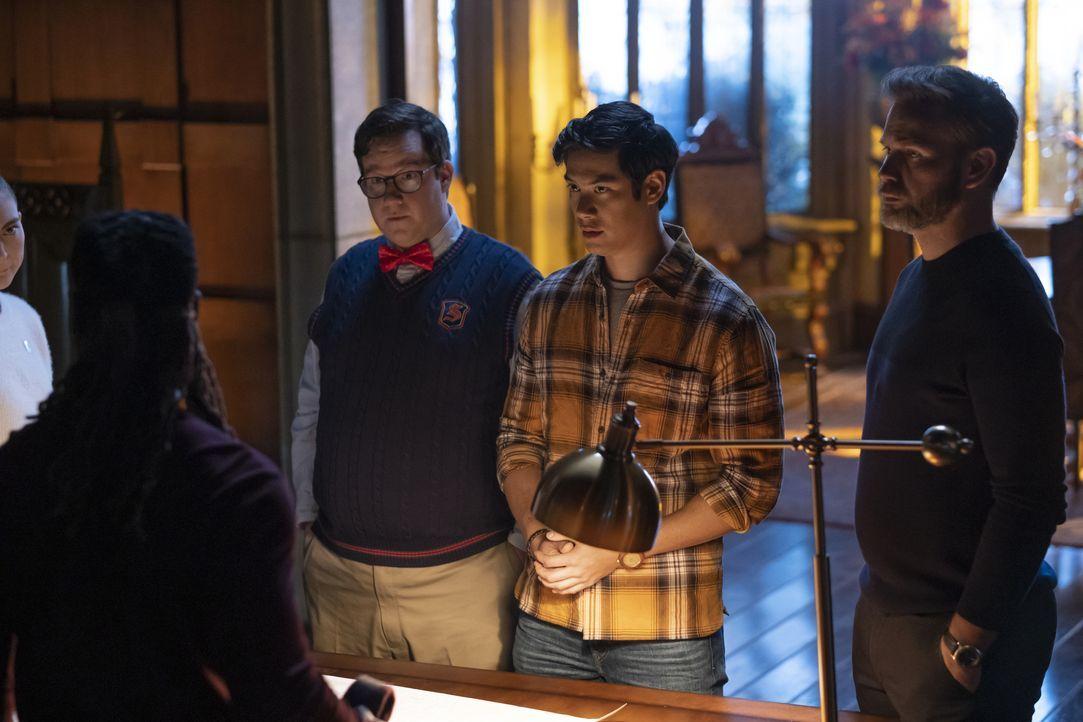 (v.l.n.r.) Wade (Elijah B. Moore); Jed (Ben Levin); Alaric Saltzman (Matthew Davis) - Bildquelle: 2021 The CW Network, LLC. All rights reserved.