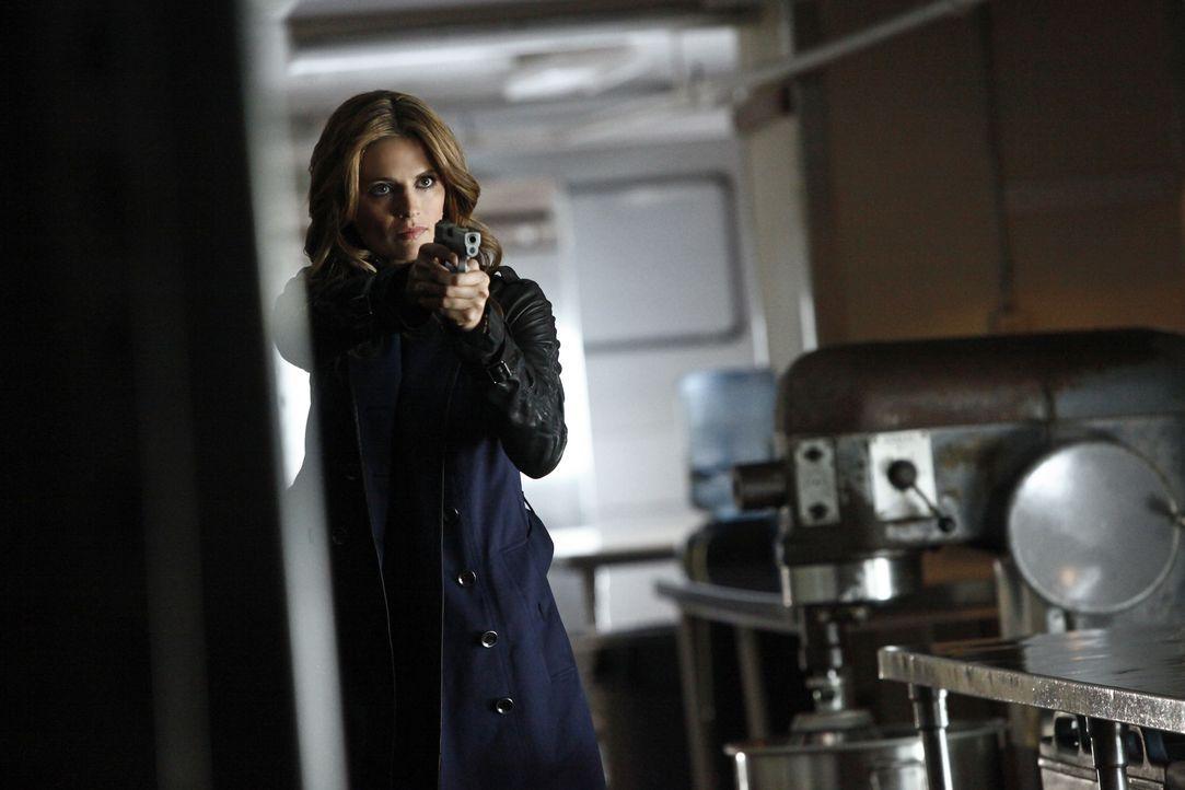 Endlich ist der Moment gekommen, in dem Beckett (Stana Katic) dem Mörder ihrer Mutter gegenübersteht ... - Bildquelle: 2012 American Broadcasting Companies, Inc. All rights reserved.