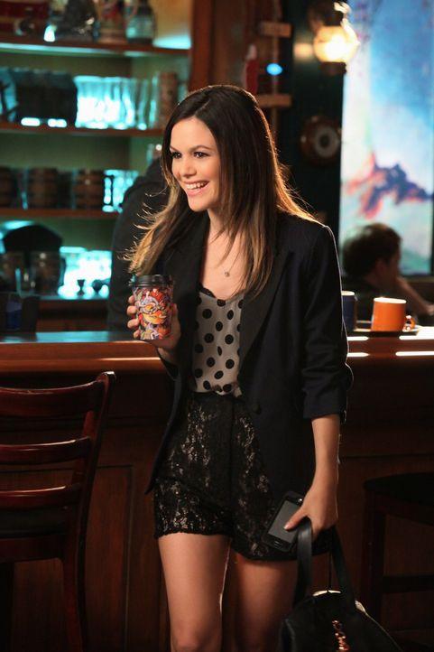 Dr. Zoe Hart (Rachel Bilson) ist kaum wiederzuerkennen: Sie hat so gute Laune, dass ihr Umfeld anfängt, sich Sorgen zu machen ... - Bildquelle: Warner Bros.