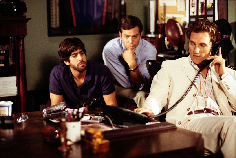Als Delauer- Diamonds eine neue Werbeagentur sucht, will Werbefachmann Ben (McConaughey, r.) mit seinen beiden Freunden und Mitarbeitern Tony (Adam... - Bildquelle: Paramount Pictures