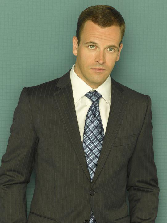 (2. Staffel) - Der erfolgreiche Anwalt Eli Stone (Jonny Lee Miller) leidet unter Halluzinationen. Seine Kollegen halten ihn für verrückt, doch er ve... - Bildquelle: Disney - ABC International Television