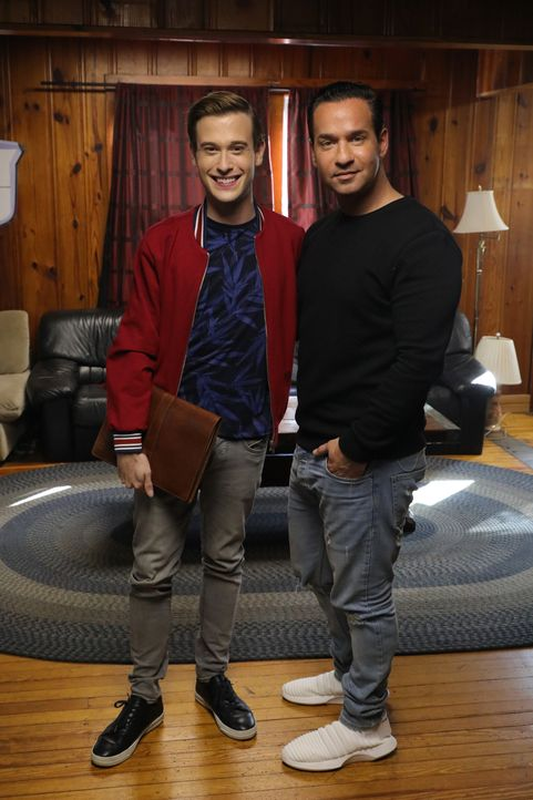 Tyler Henry (l.); Mike Sorrentino (r.) - Bildquelle: Bill McCay 2018 E! Entertainment Media, LLC / Bill McCay