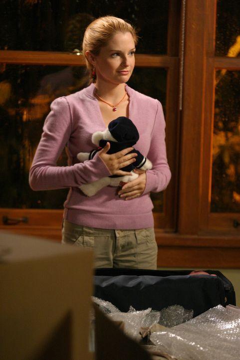 Lindsay (Shannon Lucio) entscheidet sich, den DNA-Test machen zu lassen, um festzustellen, ob Caleb ihr Vater ist oder nicht ... - Bildquelle: Warner Bros. Television