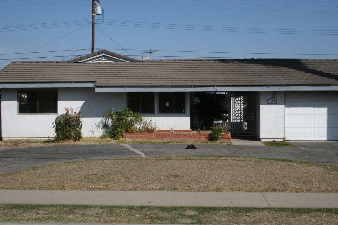 Dieses Haus beinhaltet eine böse Überraschung. Kann es trotzdem noch Profit abwerfen? - Bildquelle: 2014, HGTV/Scripps Networks, LLC. All Rights Reserved.