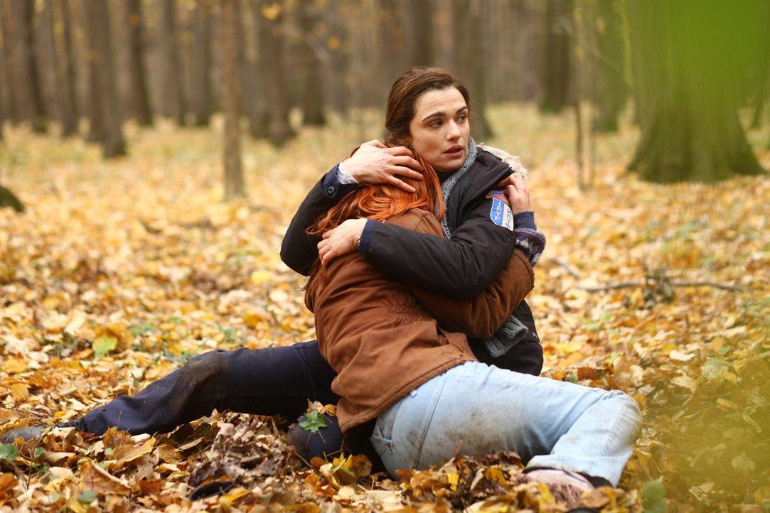 Riskiert ihr Leben, um die Mädchen zu retten: Polizistin Kathryn Bolkovac (Rachel Weisz) ... - Bildquelle: 2010 Whistleblower (Gen One) Canada Inc. and Barry Films GmbH